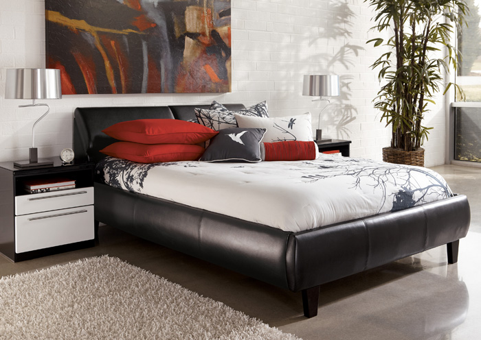 Upholstered King Storage Bed 700 x 496