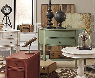 Pre-Owned Furniture Accents