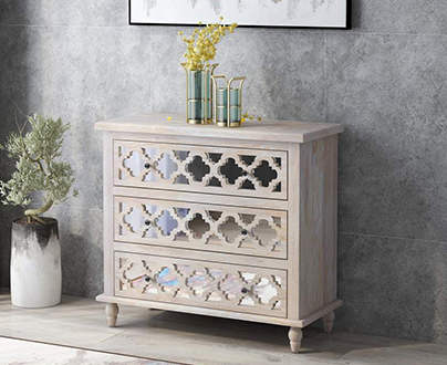 Emerald Home Furnishings Accents
