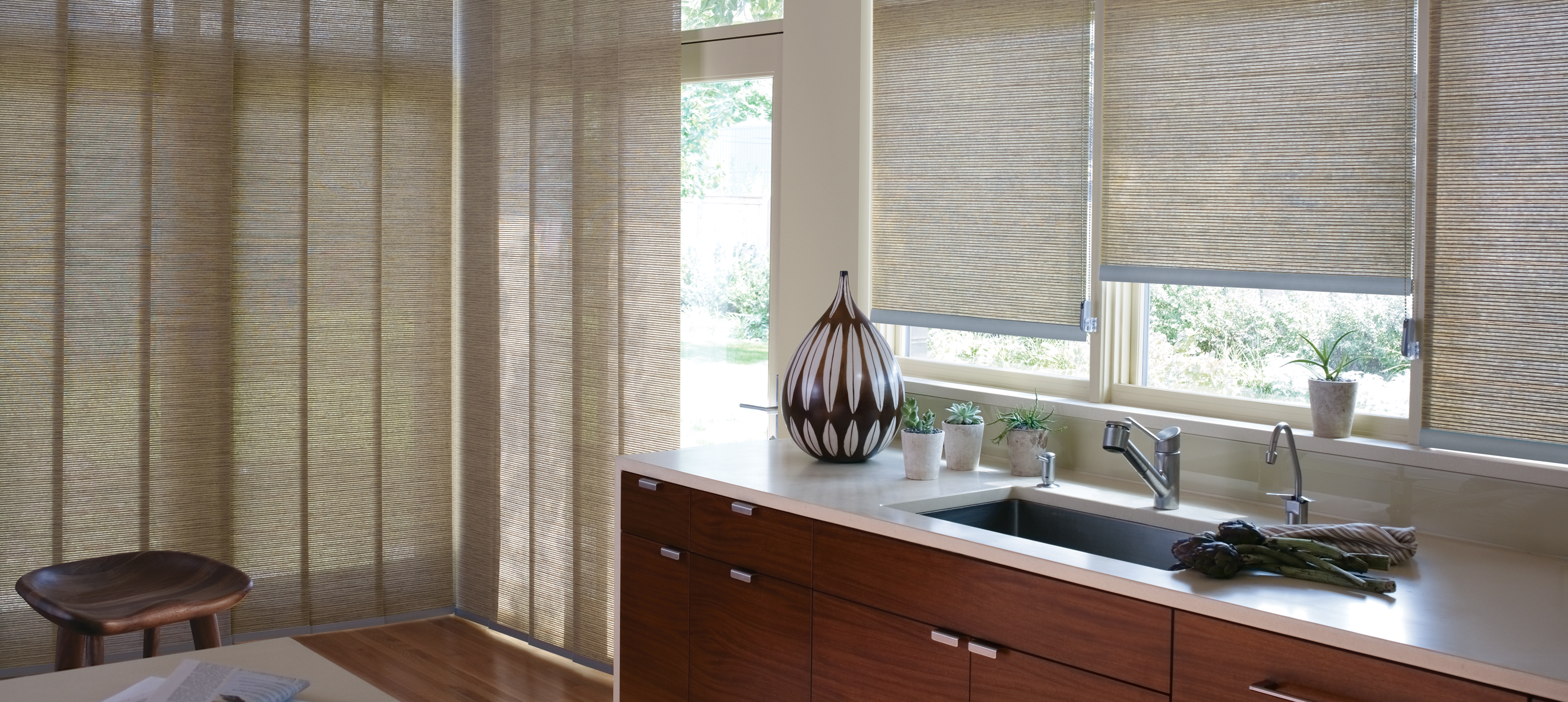 d select panel c leicester blinds